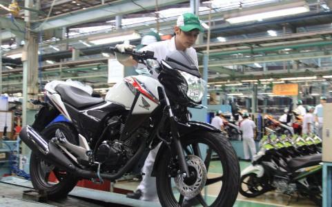 Ahm kalkulasi ulang target penjualan 2013 for Honda motor credit payoff