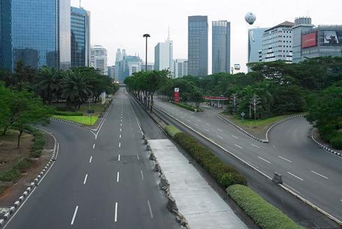 Lebaran di Jakarta lengang seperti di Jembatan Semanggi arah Jl