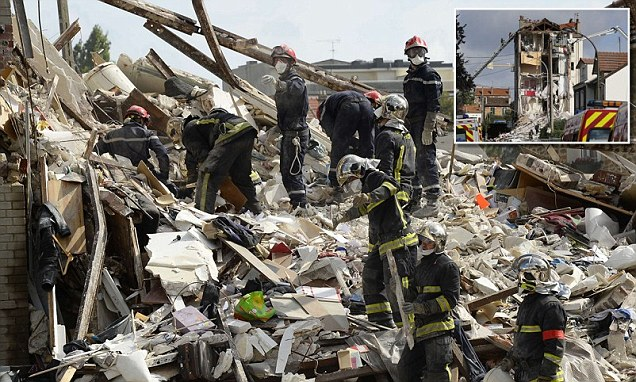 Death Toll of Building Collapse in Paris Rises to Seven