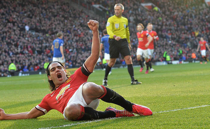 Persie and Falcao Ensure Red Devils Exact Revenge on Foxes