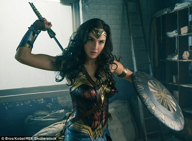 Tunisia Susul Lebanon Larang Putar Film `Wonder   Woman`, Bioskop Indonesia `Show Must Go On`