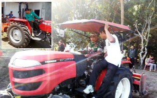 Indonesian`s Local Govt Support the Farmers Optimized Agricultural Machinery?