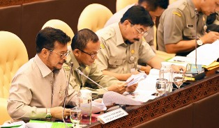 Indonesia`s Agriculture Minister outlines the 2020 Target in Parliament?
