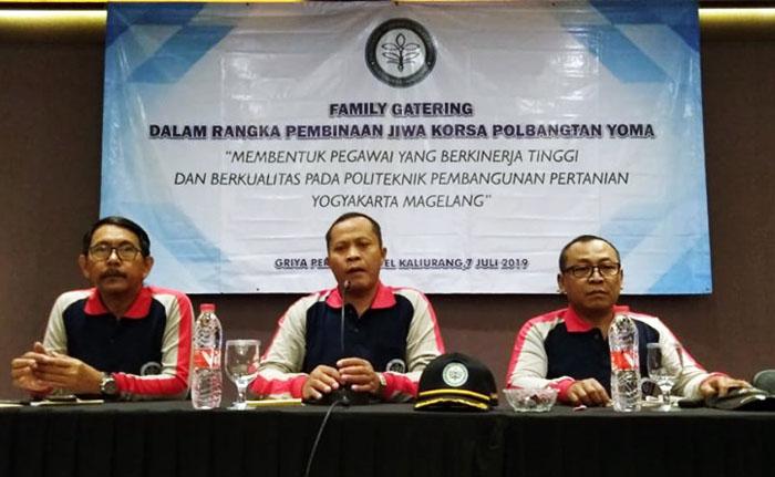 Berita Foto Family Gathering `Polbangtan YoMa Merapi Tour`