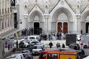 Kontroversi Macron? Teror Landa Prancis Tewaskan Tiga Warga di Nice