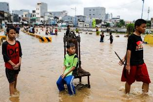 As Flood Waters Recede, Jakarta Residents File Lawsuit Against Governor