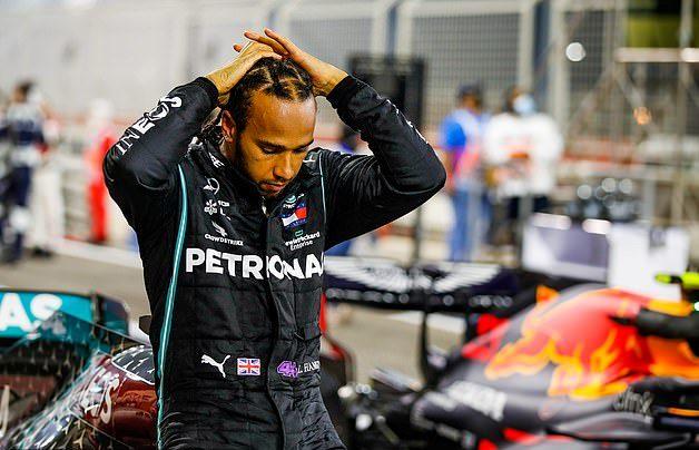 Juara GP Bahrain, Lewis Hamilton Positif Covid-19