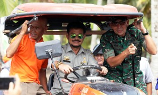 Indonesian Farmers Optimize Agricultural Machinery?