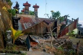 Moderate Earthquake Rocks Bali, Killing at Least 3?