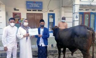Indonesia`s Jamkrindo Syariah Celebrate Eid al-Adha to Afford Animal Sacrifices