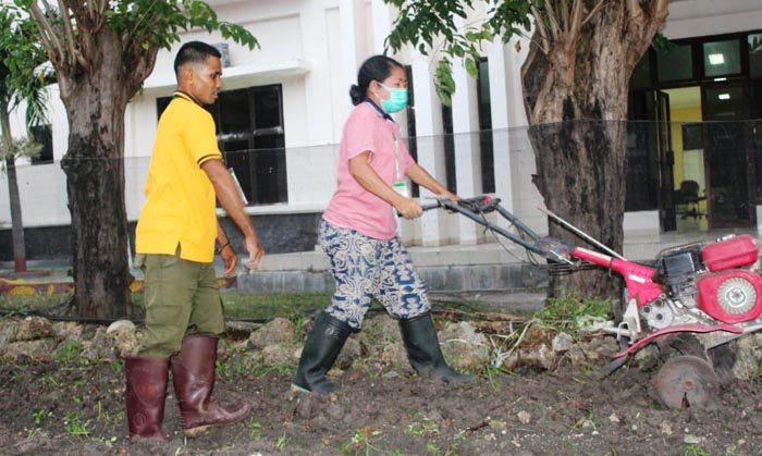 Indonesian Young Farmers Participate in an Apprenticeship Program in Japan