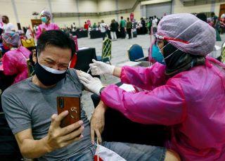 Turun Drastis Kasus Positif Covid-19 di Indonesia